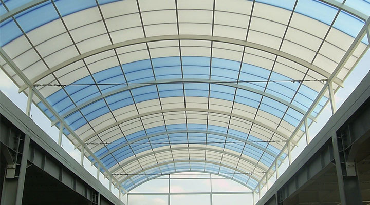 Screen-Pool-Enclosures-Glass-Or-Polycarbonate