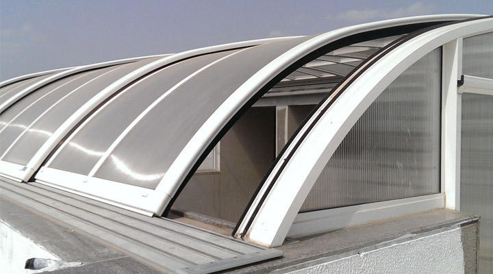 Guidelines-To-Help-You-Install-Polycarbonate-Roofing-The-Right-Way