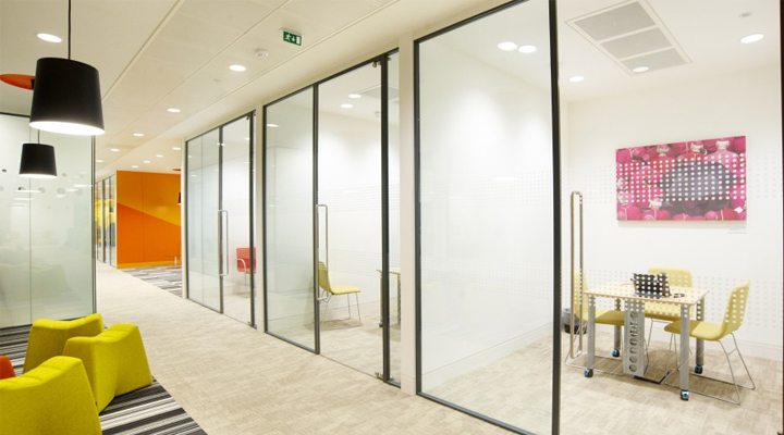 polycarbonate-sliding-doors