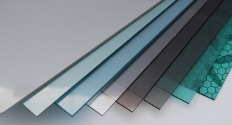 What Are The Advantages Of Using Polycarbonate Sheets? - Tuflite