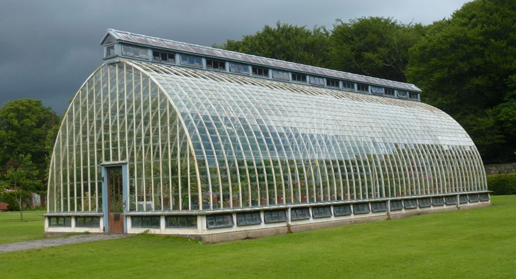 Why-Should-You-Opt-For-Polycarbonates-To-Construct-Any-Structure