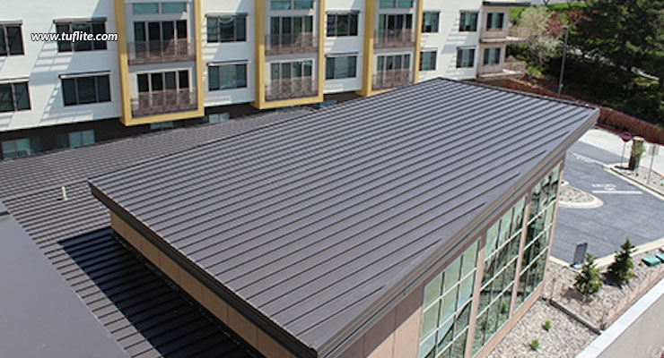 https://www.tuflite.com/blog/wp-content/uploads/2020/05/Guide-To-Low-Pitched-Roofing.jpg